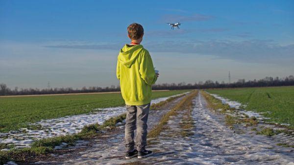 COLONIE «DRONES ET COMPAGNIE»